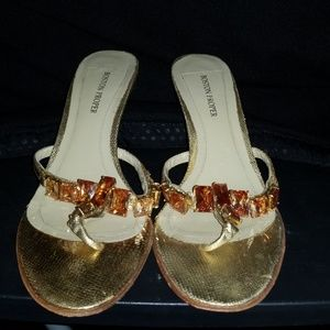 BOSTON PROPER CHAMPAGNE JEWEL THONG SANDALS SZ 8M